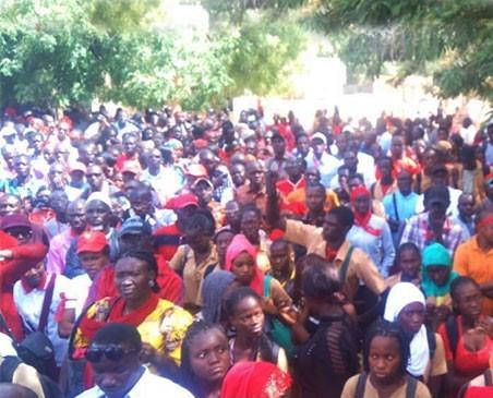 Ziguinchor : La marche nationale du G6 dispersée, des enseignants arrêtés puis libérés