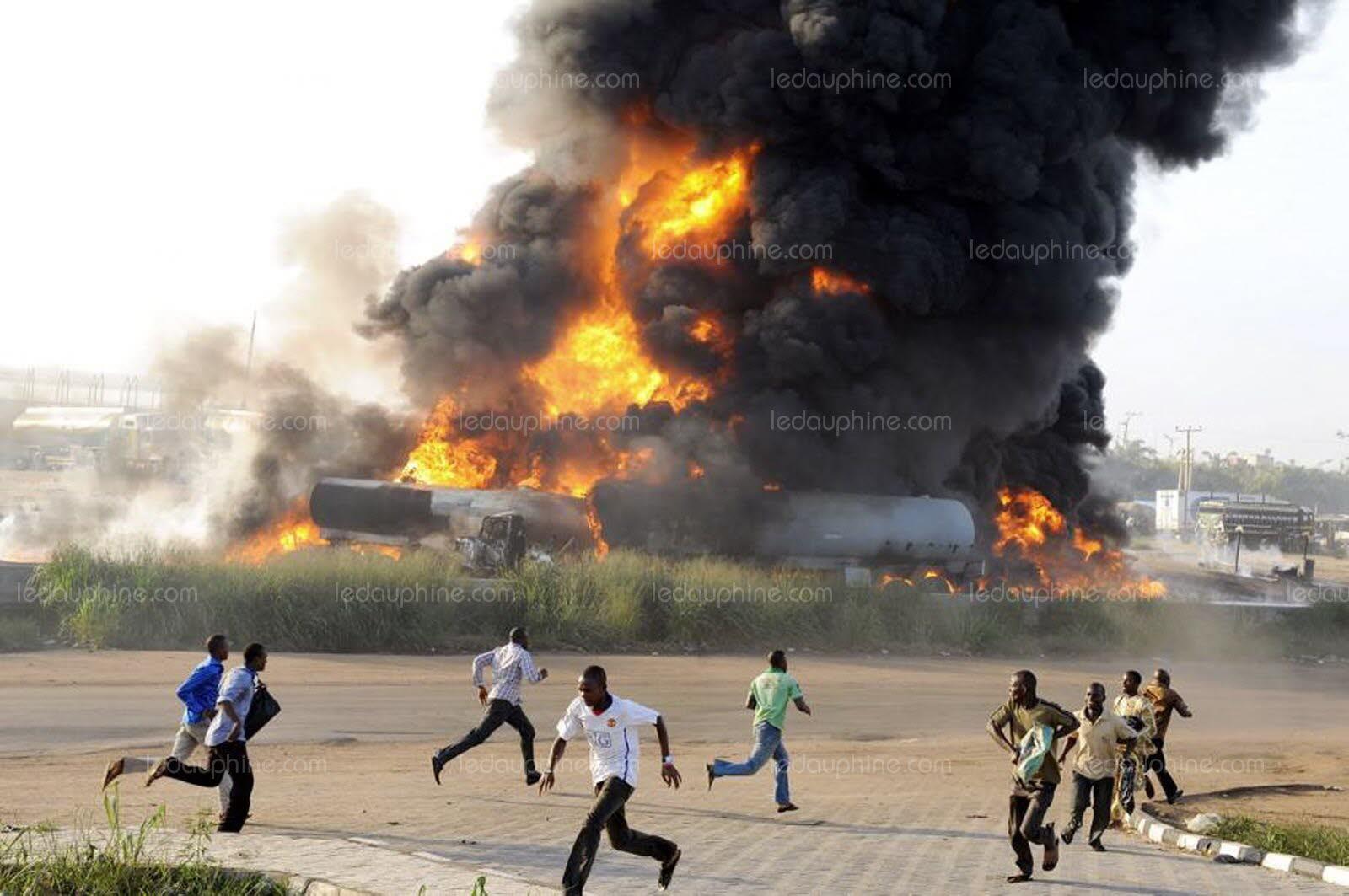 NIGERIA : Au moins neuf morts à Lagos dans l'explosion d'un camion-citerne