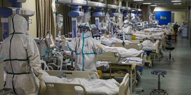 IRAN : 20 personnes meurent en consommant de l'alcool dans l'espoir de ne pas contracter le COVID-19
