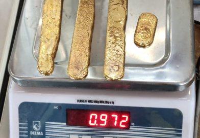 Fait divers : un passager indien arrêté avec un kilo d'or dans le rectum