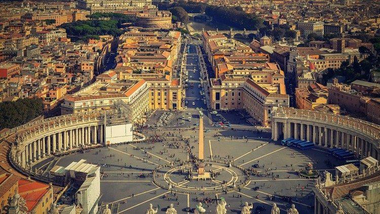 Covid-19: Le pape François et le pape émérite Benoît XVI ont été vaccinés contre le Covid-19 (Vatican)