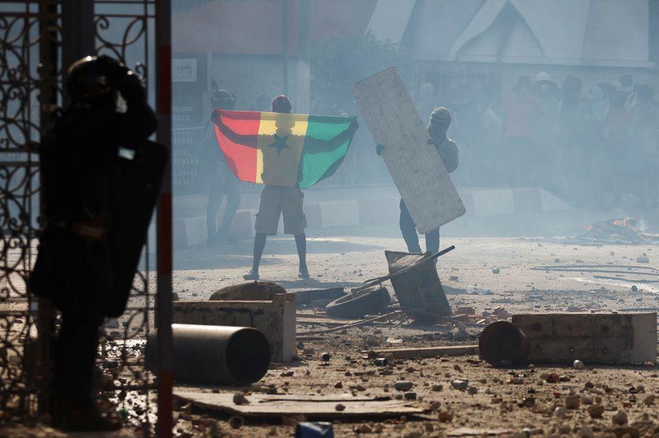 AIFFAIRE OUSMANE  SONKO : Le «mouvement de défense de la démocratie» appelle à trois jours de manifestations