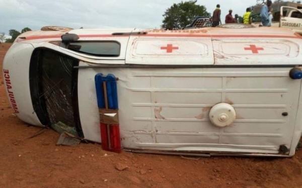 BURKINA FASO :  L 'explosion d'une ambulance  fait 6  morts