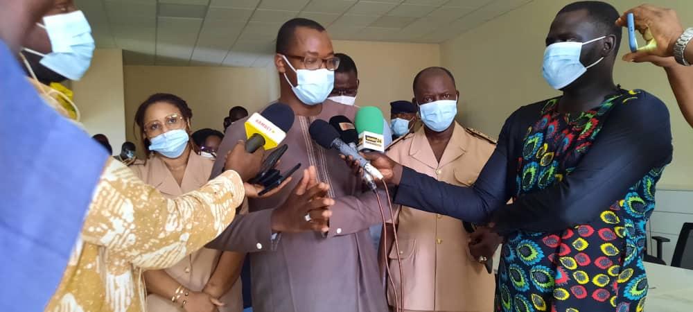 LANCEMENT DES POLES EMPLOI : Le ministre Yankhoba  Diatara annonce le recrutement  de 1226 jeunes  à Bambey