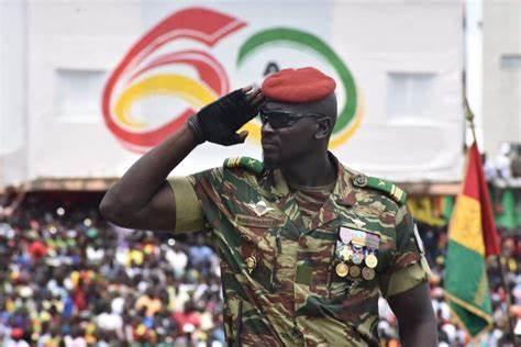COUP D'ÉTAT EN GUINEE: Les premières passations de pouvoir ont eu lieu