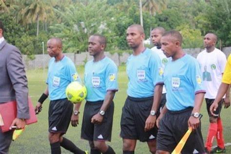 FOOTBALL : Un trio d'arbitres comoriens au sifflet pour le match Namibie-Sénégal