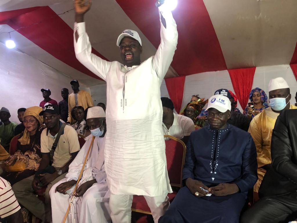 LOCALES DE 2022 :  Le jeune Pape Guèye leader de Arr  Diamaguène Sicap-Mbao investit par la Fédération des Mouvements (FM)
